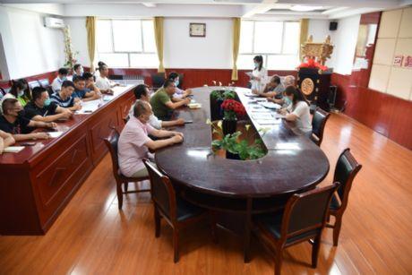 第一党支部召开关于孟海霞按期转为中国共产党正式党员、接收舒振为中国共产党预备党员支部大会